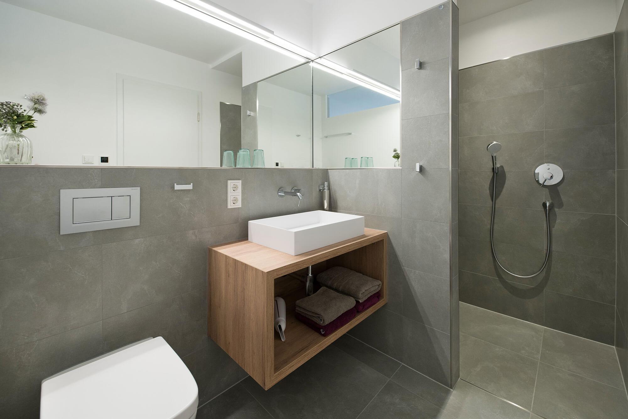 Ferienwohnung Thüringen – Side Suite – Badezimmer