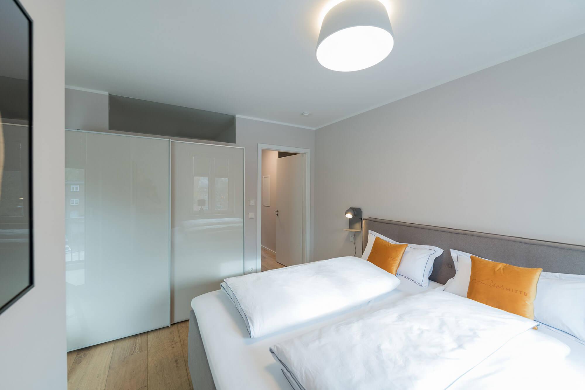 Side Suite